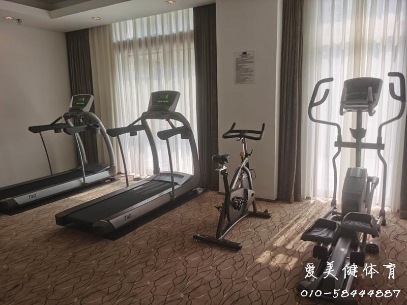 前门富力智选假日酒店健身房
